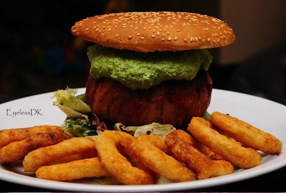 Fundstück: Extrem Bacon Cheese Burger