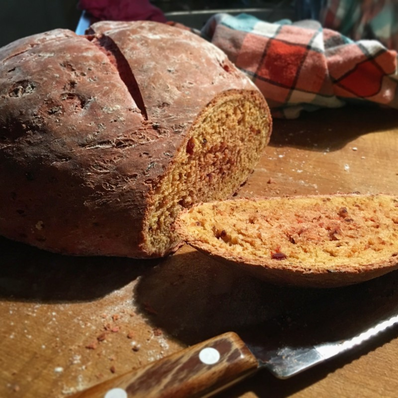 Rote-Bete-Dinkel-Brot