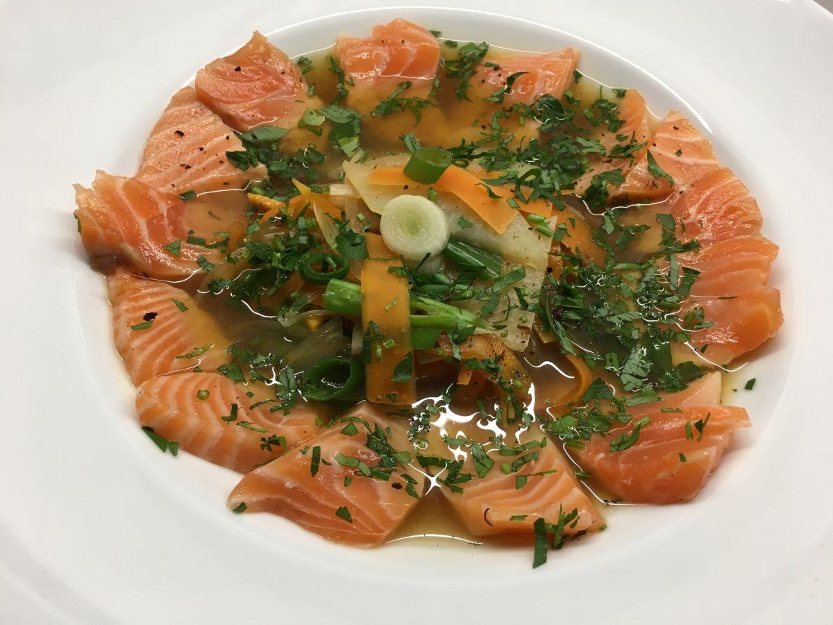 Miso-Suppe mit Lachs
