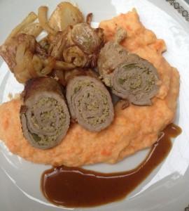 Kalbsinvoltini a la Vitello Tonnato mit Kartoffel-Möhren-Püree und Fenchelgemüse